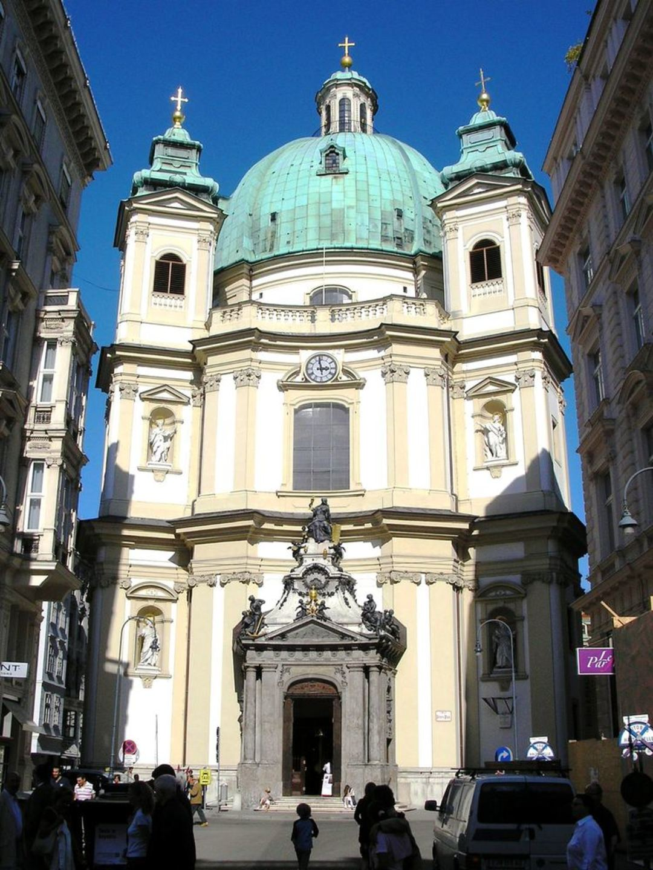 Peterskirche - © Gryffindor - Wikipedia