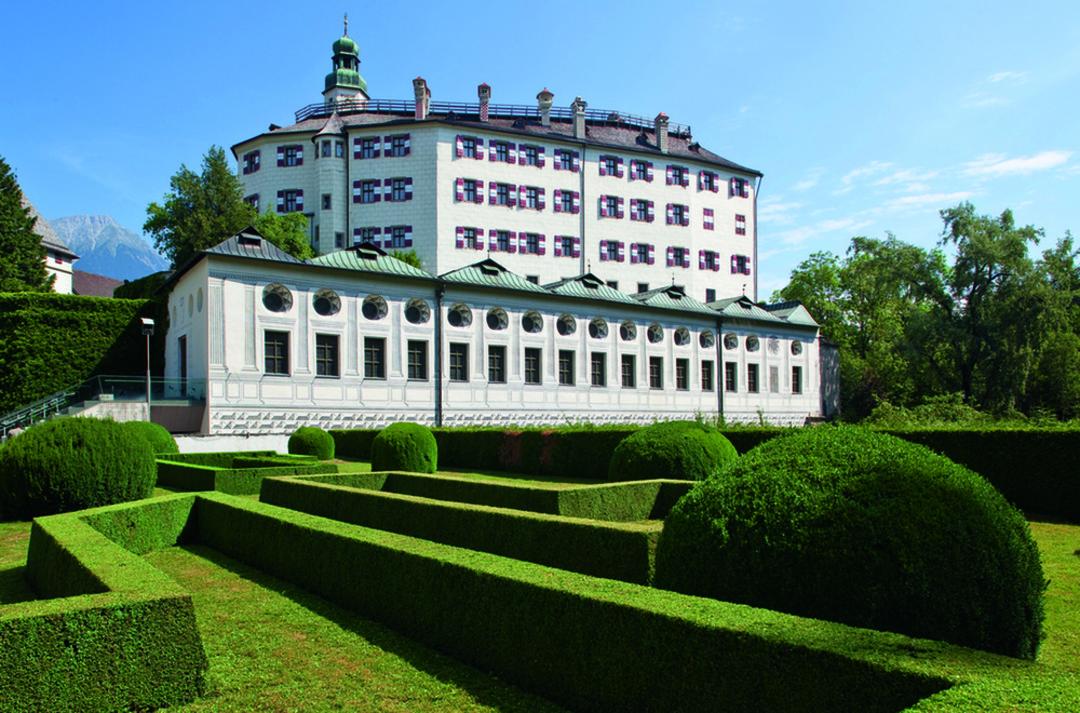 Schloss Ambras Innsbruck - © Christof LacknerFotograf
