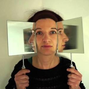 Videoprogramm von Anna Vasof