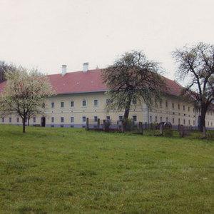 Zeitensprünge. Jugend einst und jetzt. 100 Jahre Oberösterreich